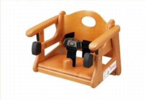 はま寿司に用意してある子供用椅子、補助椅子の参考画像1